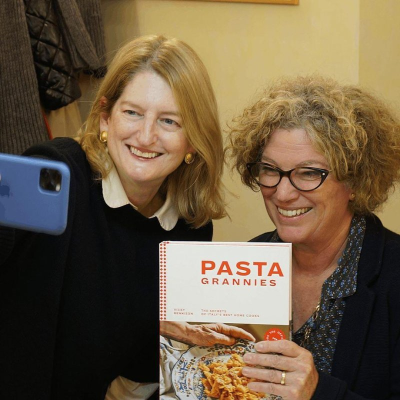 An afternoon with the stars. @eminchilli helping @pastagrannies to promote her wonderful book at @granofarina.