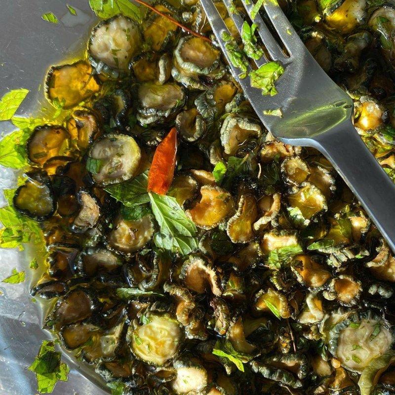 Zucchini sott'olio continued