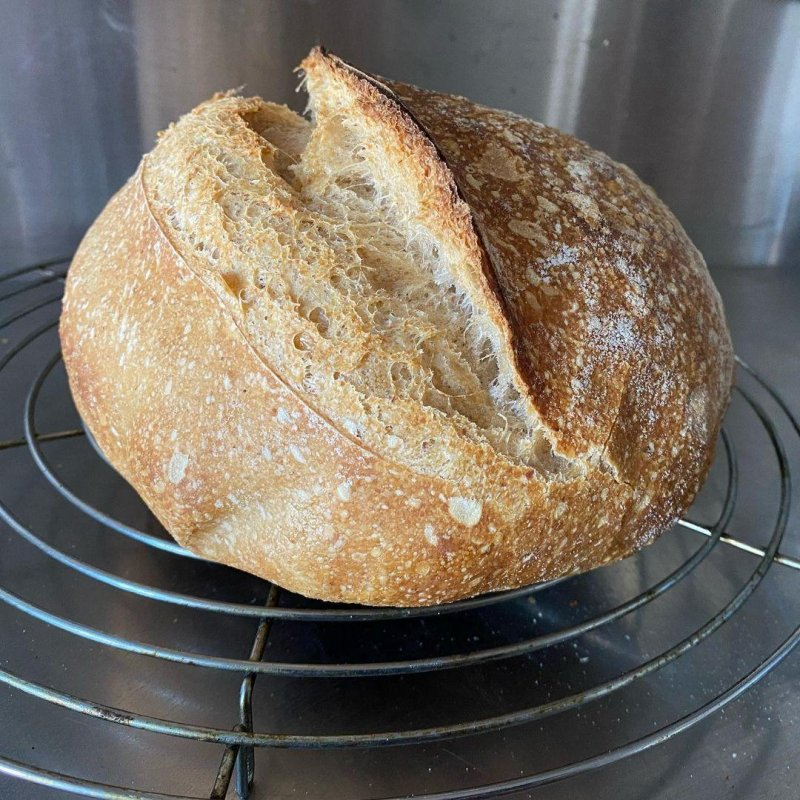 A mostly white (5% each rye and wholemeal) sourdough loaf for Sunday breakfast and beyond.