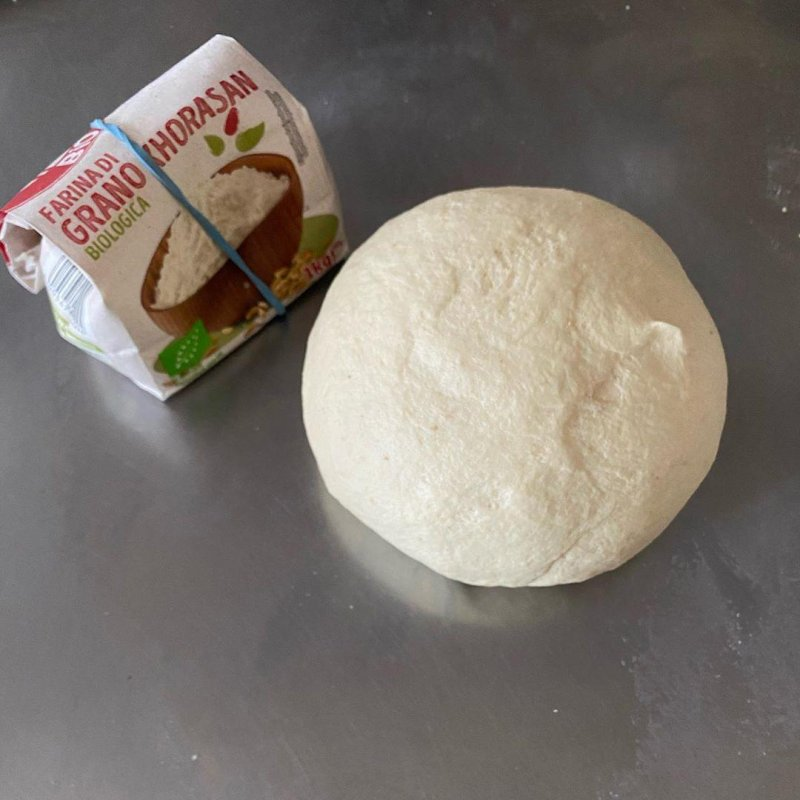 A friend and bread client gave me a bag of Khorasan flour, so not Kamut, but, with a tacit request, later confirmed, that I baker a loaf